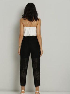 Pantaloni negri eleganti cu plasa